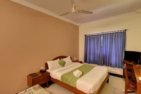 Luxury room in Lonavala - Lonavala - Appartamento