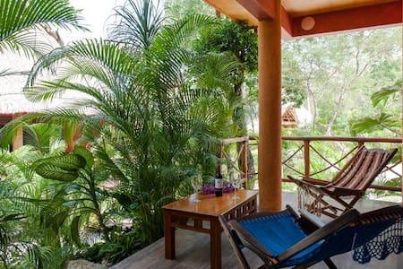 Exotic Condo in Chemuyil Club - Chemuyil - Apartment