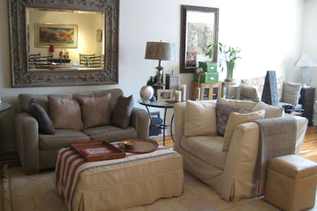 CONVENIENTLY LOCATED,PLUSH 1BR PAD