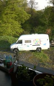 Ivy - our sitting Pretty Campervan - Autocaravana