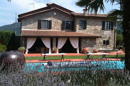Villa with pool near Cinque Terre - Beverino