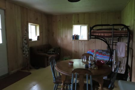 Peaceful Cabin in the Meadow - Kawartha Lakes - Cabin