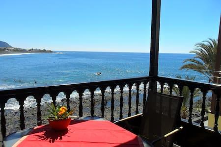 Schöne Wohnung direkt am Atlantik - Valle Gran Rey