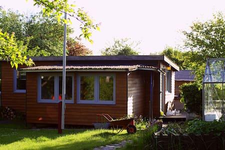 Dejligt kolonihavehus midt i Århus - Aarhus - Cabin