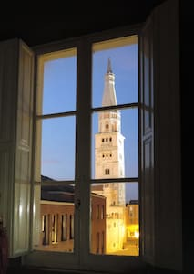 MODENA, your room with a view - Wohnung