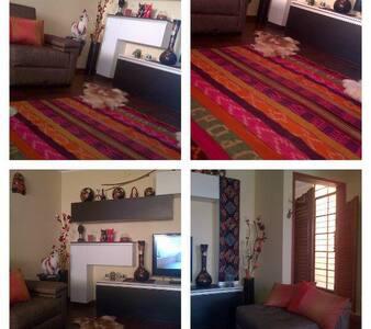 MÓNICA ADAMS - Lima - House