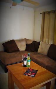 Amazing NASSAU! Cozy COUCH for rent
