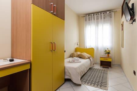 Cozy Single: en Suite bathroom - Bed & Breakfast