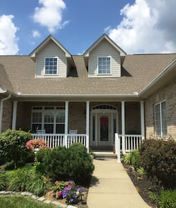 Home Away From Home In Northern KY- 2 BR Suite - Dry Ridge