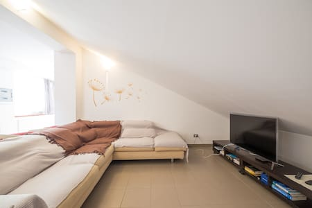 Attic on Mount Etna - Appartement