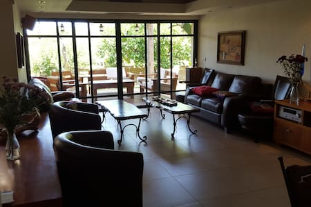 Fully equipped privet vila (6 rooms) - Bet Shemesh