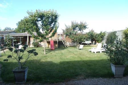 Grande maison pour vacances d été - Rumah