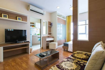 Riverview#1+Free Netflix+Apple TV - Bangkok - Condominium
