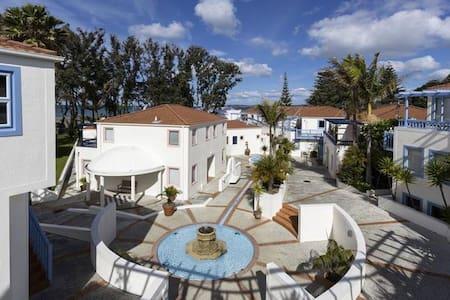 Oceanside apartments - Orewa