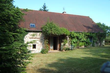 Gîte en Bourgogne sud - Dom