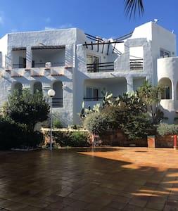 Sea View Charming Ibiza flat - Siesta - Leilighet