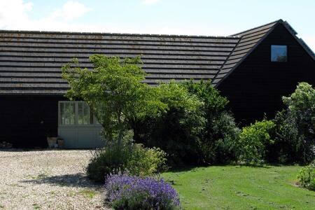 The Little Barn (Wightbarn), Isle of Wight, UK - Newport - House