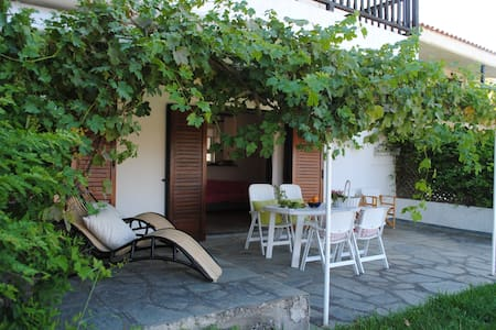 Relax near the sea and forest of Elani, Halkidiki - Siviri - Apartment