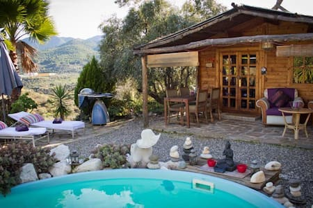 Romantic wooden Cabin with pool:CTC-2016144106 - Monda - Cabane
