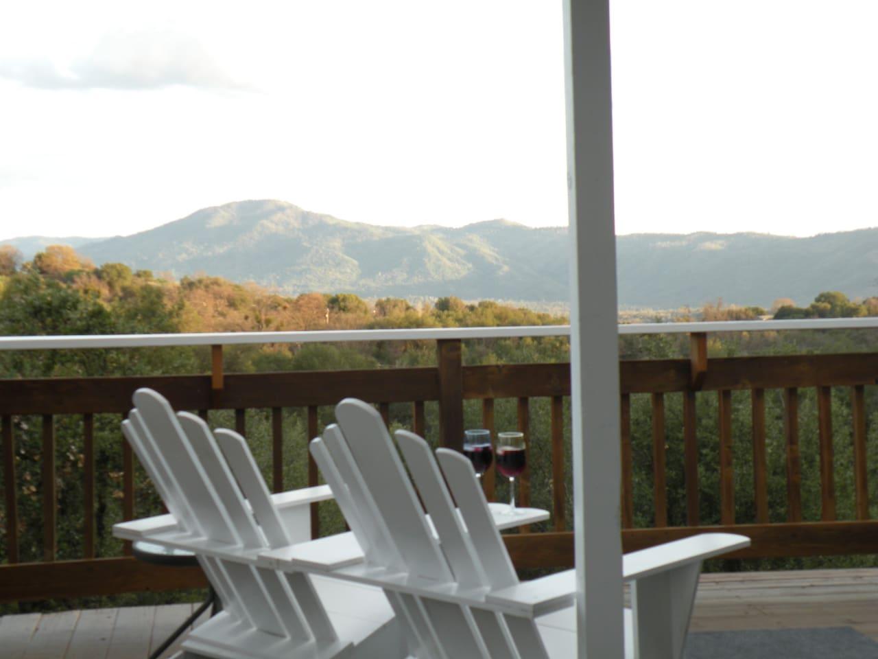 Sierra Mountain Lodge- King Studio