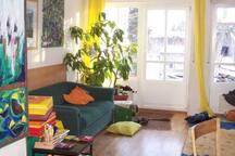 kleines Südzimmer mit Balkon