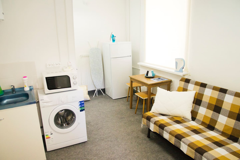 Наша компактная, максимально функциональная и уютная студия! Идеальна для отдыха 1-2 человек!