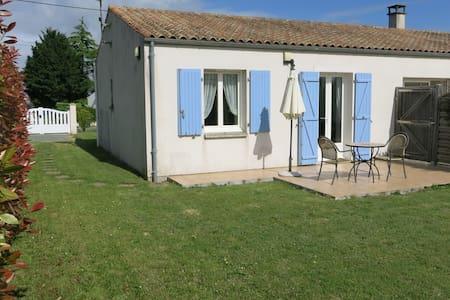 Lavender Cottage - Ev