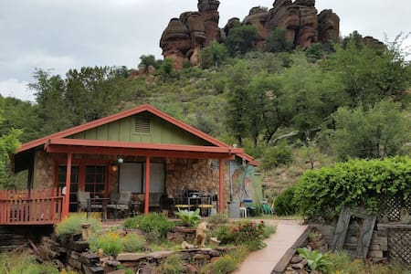 Nature lovers riverfront hideaway - Payson - Lakás
