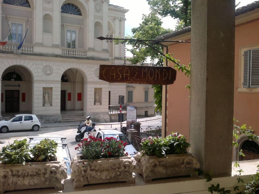Casa 2 Mondi   Artist house Spoleto opposite the famous Teatro Nuovo