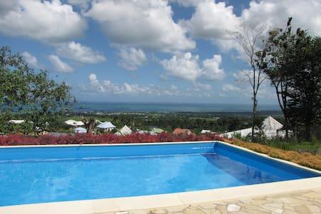 Chambres privées et indépendantes - Villa