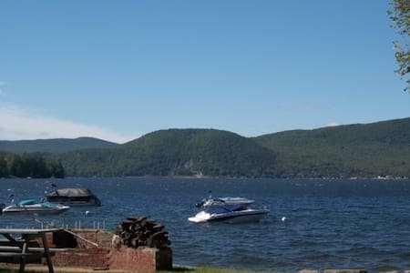 Newfound Lake, NH Waterfront Condo - Bristol - Appartement