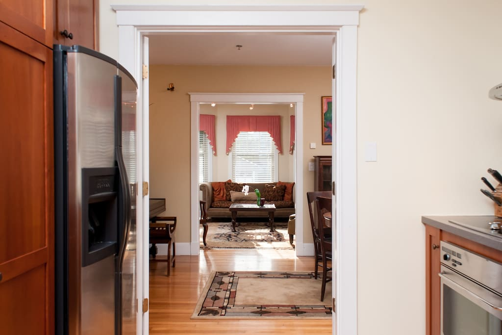 Exquisite Harvard Square  Apartment