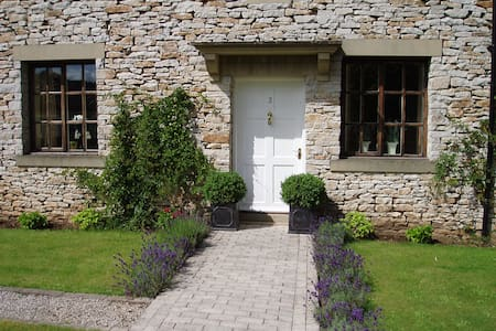 Hill top B&B in the Peak District - Bed & Breakfast