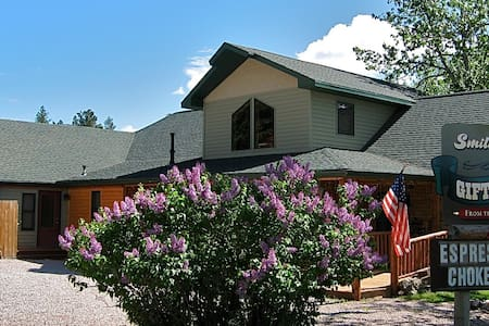 Woodsy Suite in Hill City, Black Hills - Hill City - House