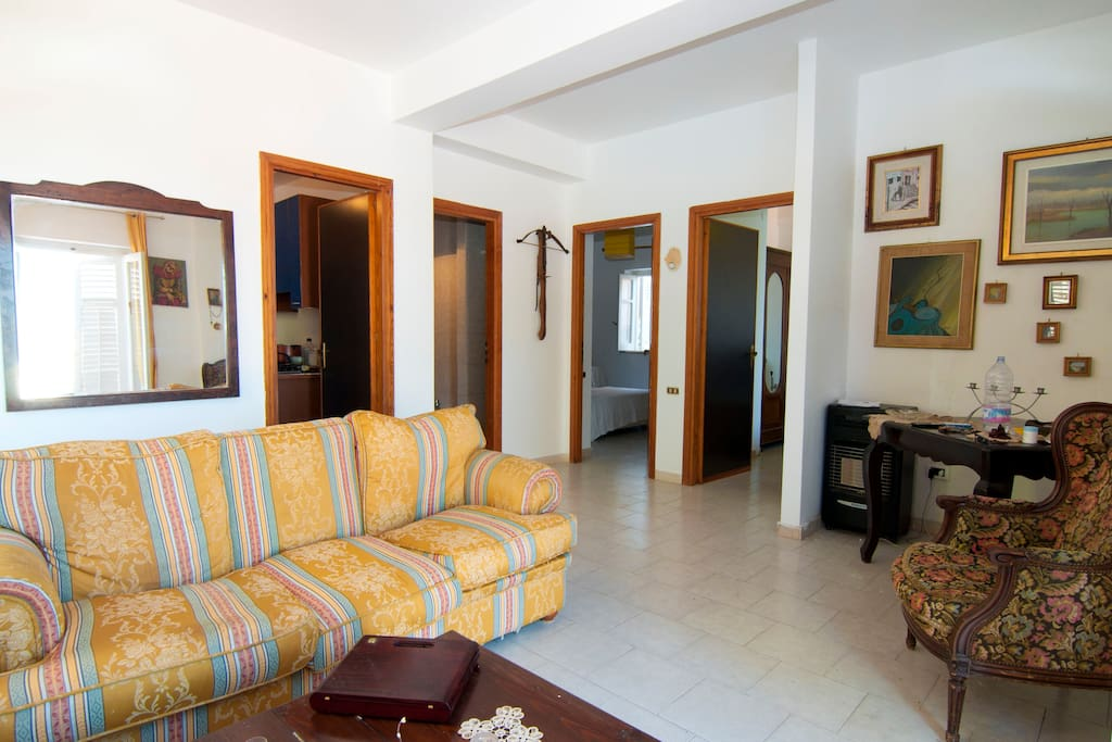 200 square meters ROOMS BY THE SEA