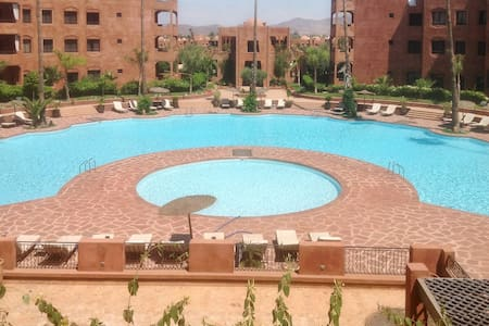 Apartment with balcony and 2 pools - Ouahat Sidi Brahim