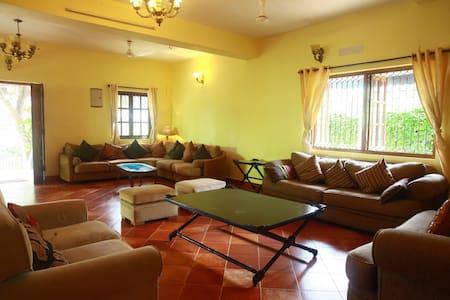 Casa Susegado, Charming 3BR Villa Near Panjim, Goa - Lakás