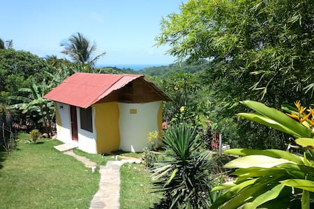 Ranchetta (B&B, hot water, WIFI) tropical Garden - Bungalow