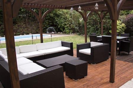Villa with Pool at Lake Velence for max.10 persons - Villa