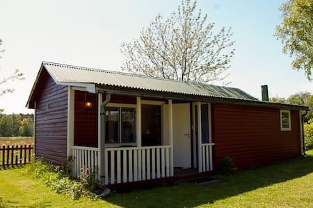 Cosy cabin in rural gotland - Gotlands Tofta - Cottage