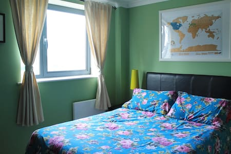 Homely room in Leeds city centre