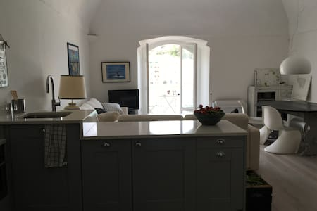 Charming sea view apartment - Porto Santo Stefano - Apartment