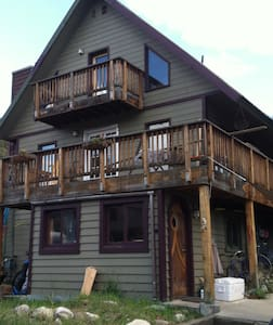 Downtown Butcherknife Creek Retreat - Steamboat Springs - House