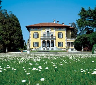 Prestigious historic residence - Villa