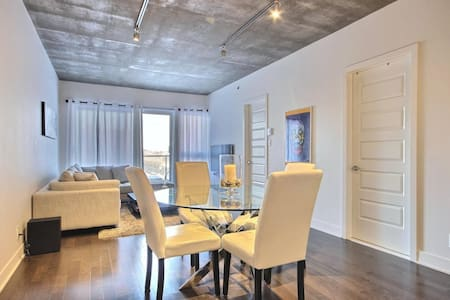 Corner Unit Condo Heart of Montreal - New 2015 - Mont-Royal - Condominium