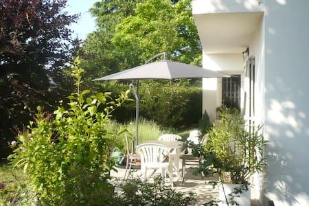 Maison au calme à 20 km de PARIS - House