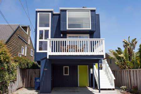 Surf & Beach House Retreat Oasis