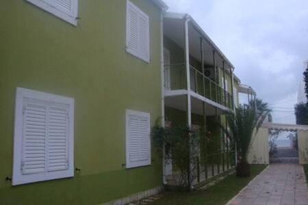 Appartments Kerkira Ipsos - Ipsos - Lägenhet