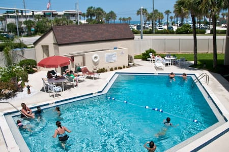 beach/pool /sunrise/view Condo - New Smyrna Beach