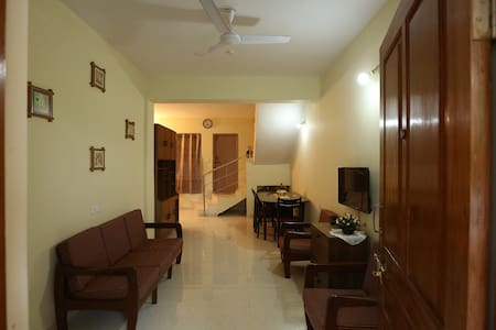 Spacious 3 bedroom villa in North goa - Penha de França - Bungalow